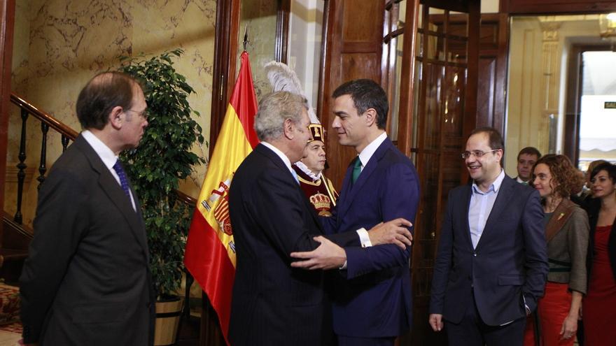 """Pedro Sánchez avisa de que """"muchos caminos"""" pueden llevar a un gobierno del PP, pero """"sólo uno al cambio"""", el PSOE"""
