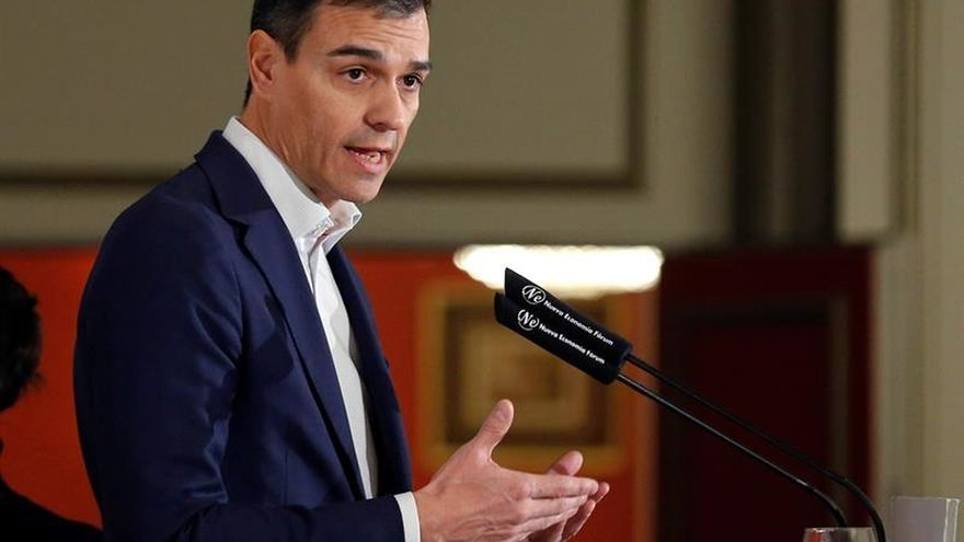 El líder del PSOE, Pedro Sánchez, durante el desayuno de Nueva Economía Fórum.