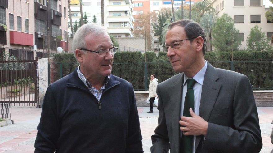 El alcalde de Murcia, Miguel Ángel Cámara (d), junto a Ramón Luis Valcárcel / PSS