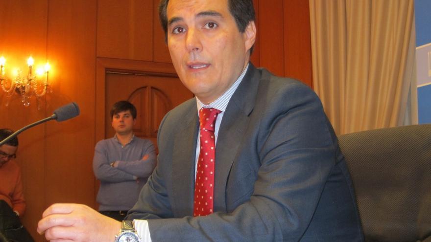 El Alcalde de Córdoba, sorprendido por la petición de exregidores de IU sobre la titularidad pública de la Mezquita