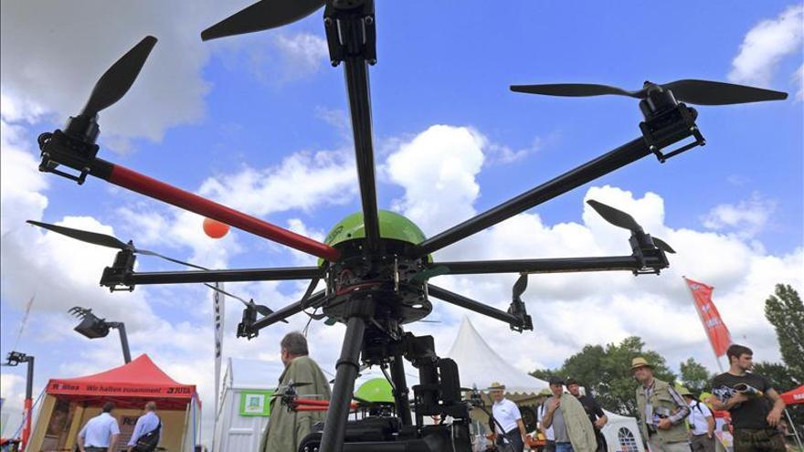 Expertos piden prohibir los drones porque convierten la guerra en videojuego