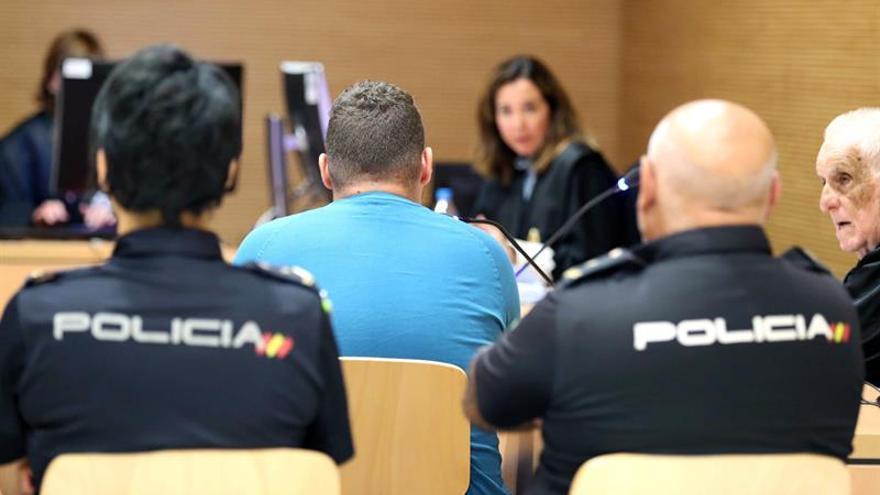 La sección primera de la Audiencia de Las Palmas celebara un juicio con jurado contra un joven de 21 años, acusado de homicidio.