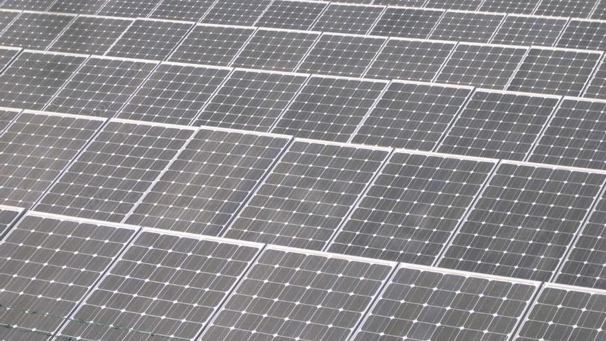 El sector fotovoltaico aplaude la eliminación del 'impuesto al sol' y la simplificación administrativa