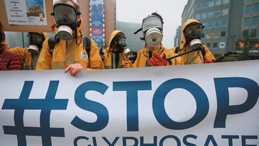 Protesta contra la autorización del glifosato.