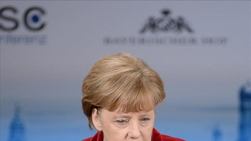 Merkel defiende el acuerdo comercial con EEUU antes de viajar a Washington
