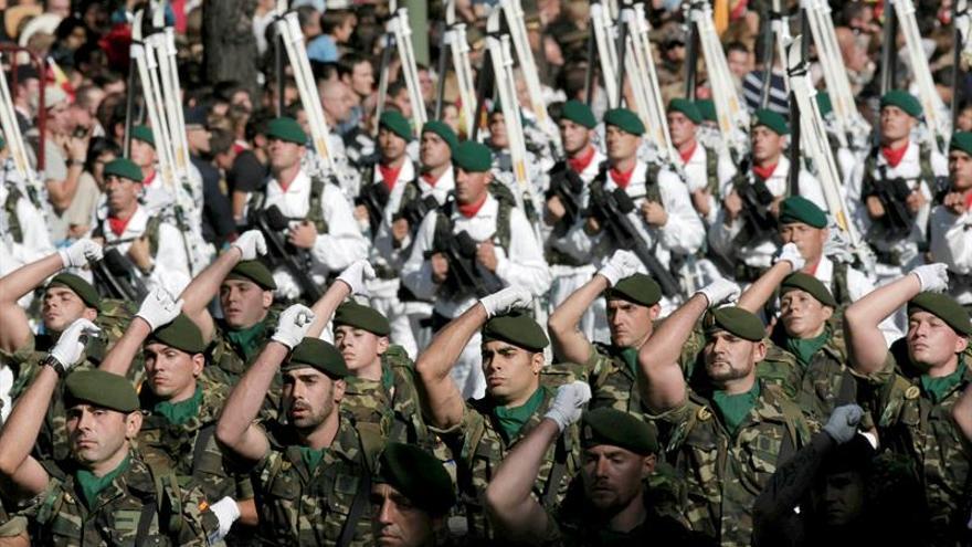 El Gobierno regula la anotación y cancelación de notas desfavorables de militares