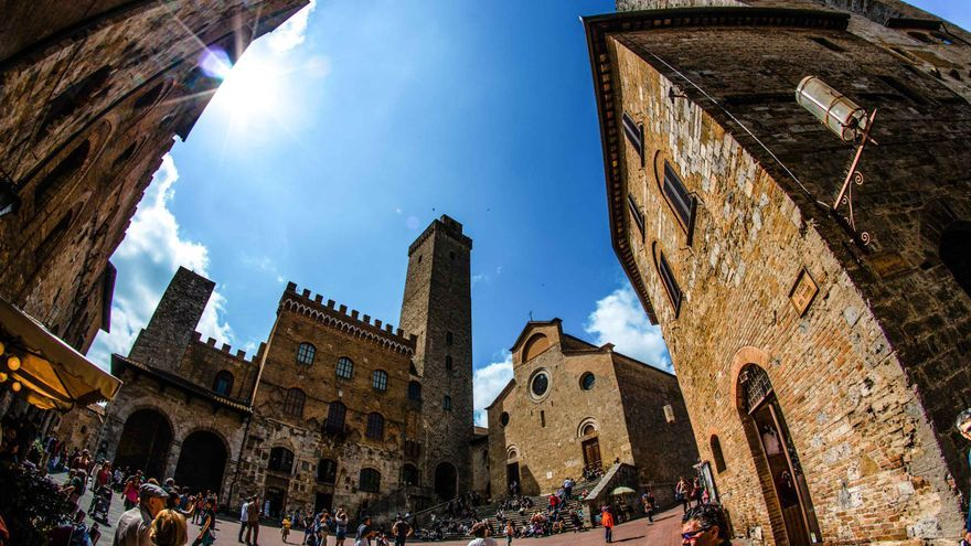 La plaza principal de San Gimignano.