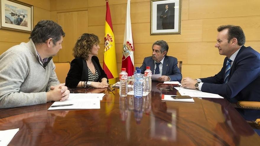 PECCA propone a Revilla crear un plan estratégico en cultura y turismo