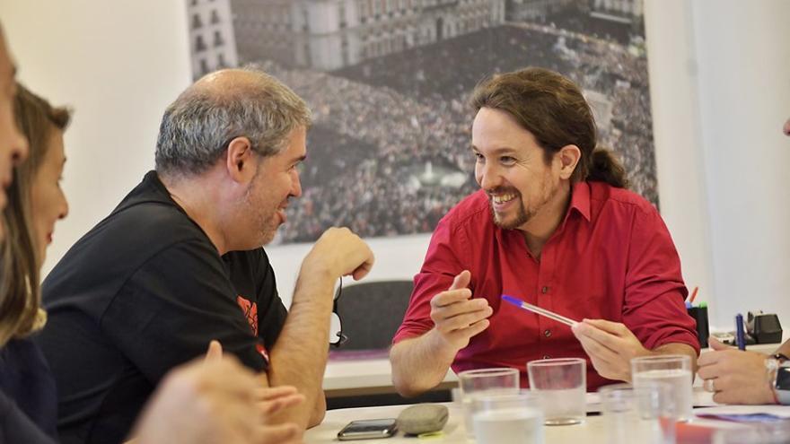 El líder de Unidas Podemos, Pablo Iglesias, y el secretario general de CCOO, Unai Sordo, este martes reunidos en el Congreso.