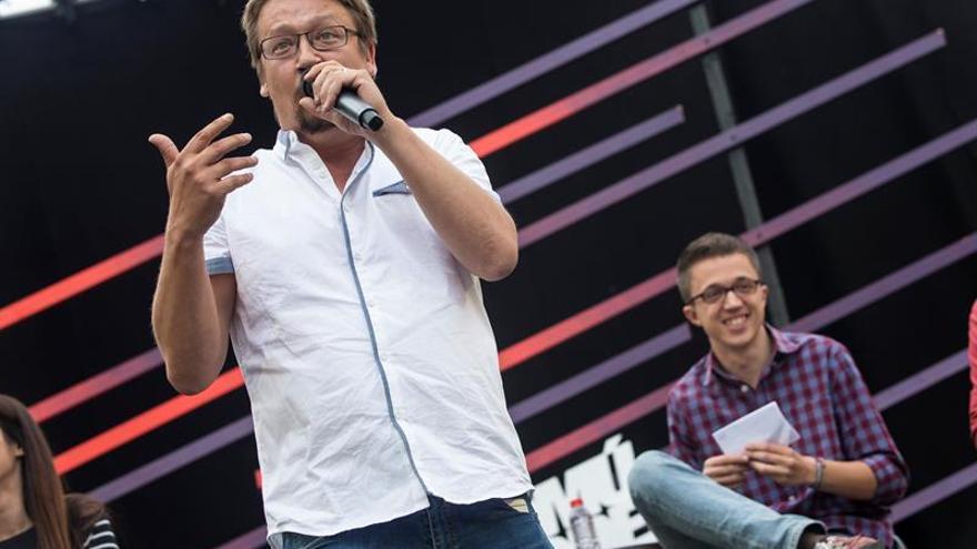 Domenech cree que el debate Iglesias/Errejón lleva abierto desde el 26J