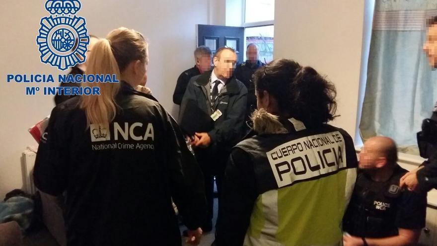 Liberadas 4 mujeres prostituidas y 12 detenidos, 7 en Cantabria, en una operación contra la trata en España y UK