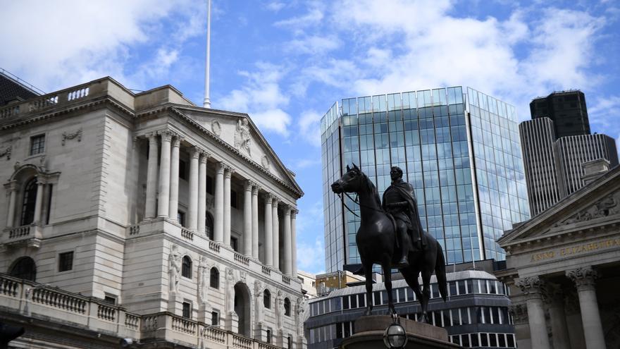 La deuda británica se sitúa en el 99,7 % del PIB