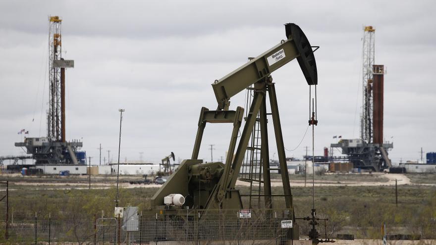 El petróleo de Texas cierra con un aumento del 0,97 %, hasta 66,85 dólares
