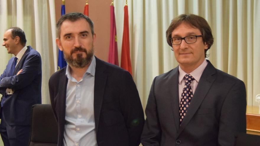 Los ponentes Ignacio Escolar y Ángel Garrote