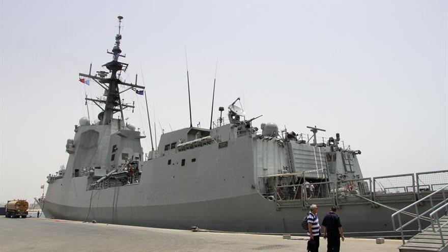 """La fragata """"Cristóbal Colón"""" prueba con éxito su sistema de combate en EEUU"""