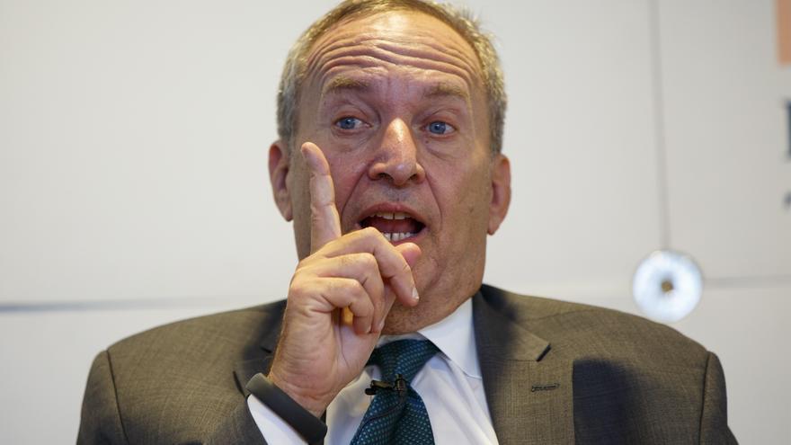 El exsecretario del Tesoro Larry Summers