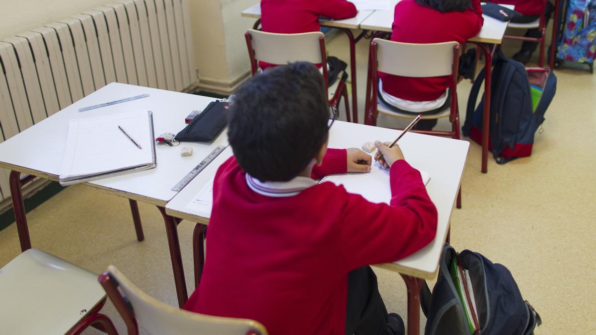 Archivo - Niños en el colegio.- Archivo