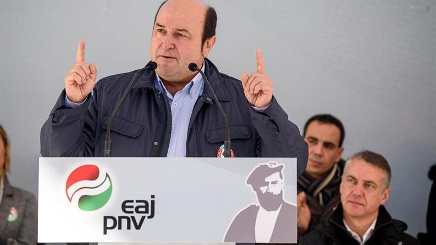 Ortuzar dice que Rajoy lidera un diálogo directo con el PNV sobre presupuesto