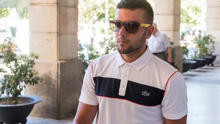 El fiscal pide 4 años para miembro de la Manada Ángel Boza por robo gafas de sol