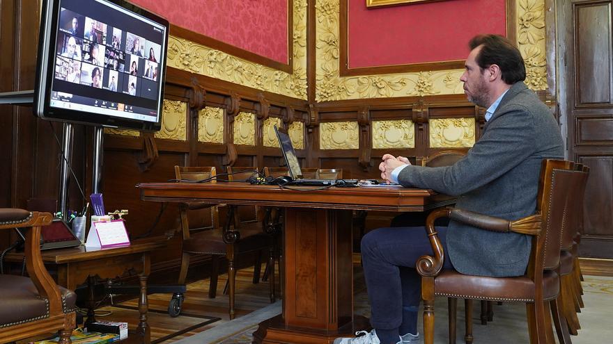 El alcalde de Valladolid durante la Junta de Gobierno telemática.