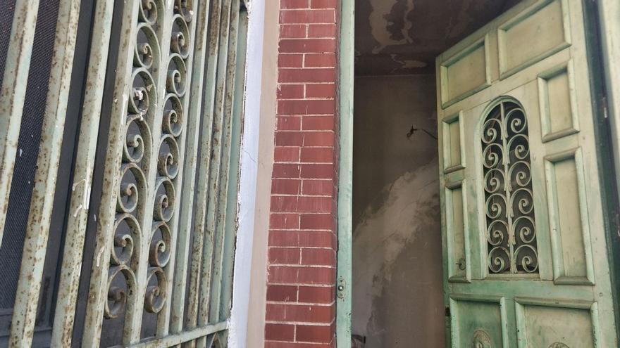 Puerta de entrada a Velintonia, la casa de Vicente Aleixandre | SOMOS CHAMBERÍ