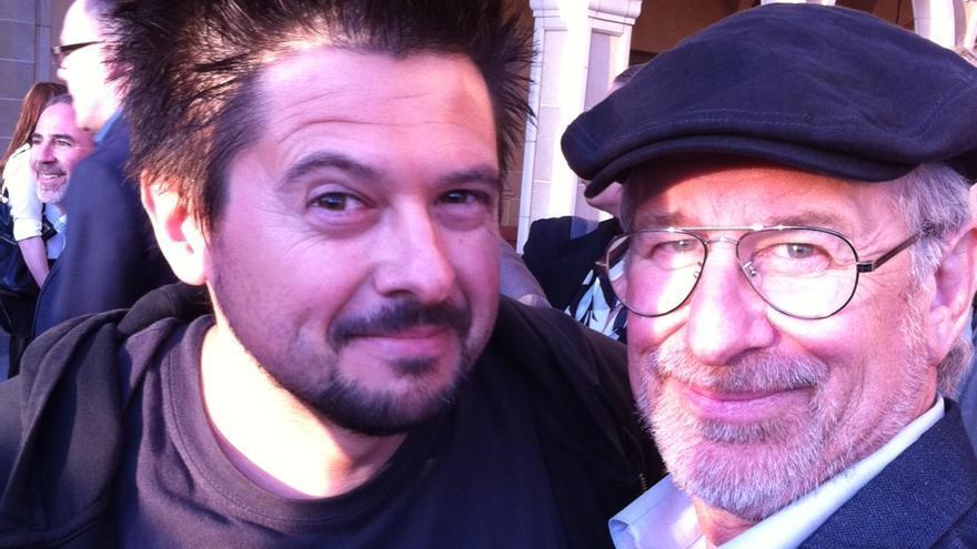 'Selfie' del cineasta sevillano Julián Lara con Steven Spielberg