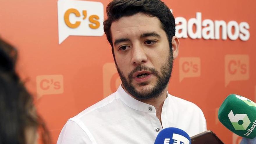 Cs pide menos impuestos para devolver a españoles lo perdido con la crisis