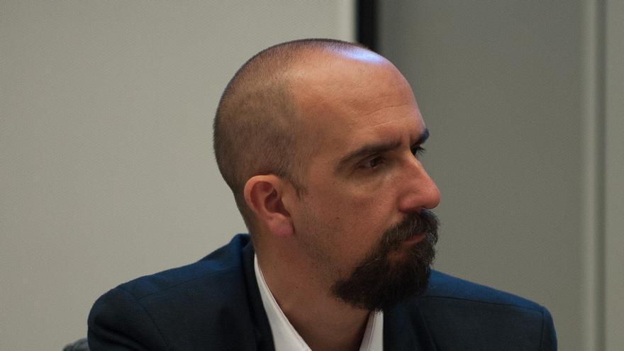 Luis Falcón en una conferencia de la Organización Mundial de la Salud (CEDIDA)