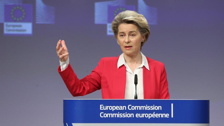 Von der Leyen: La UE invirtió millones y las farmacéuticas deben cumplir