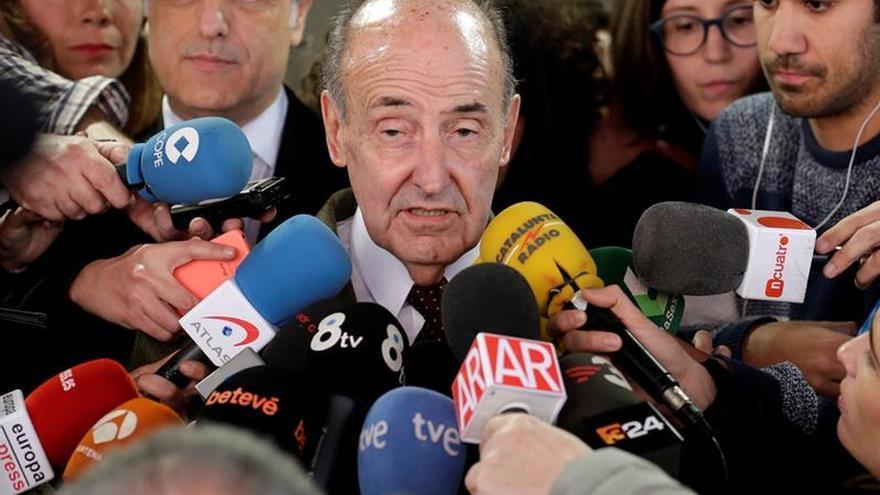 Fèlix Millet libra a Miquel Roca de comparecer en el juicio del caso Palau