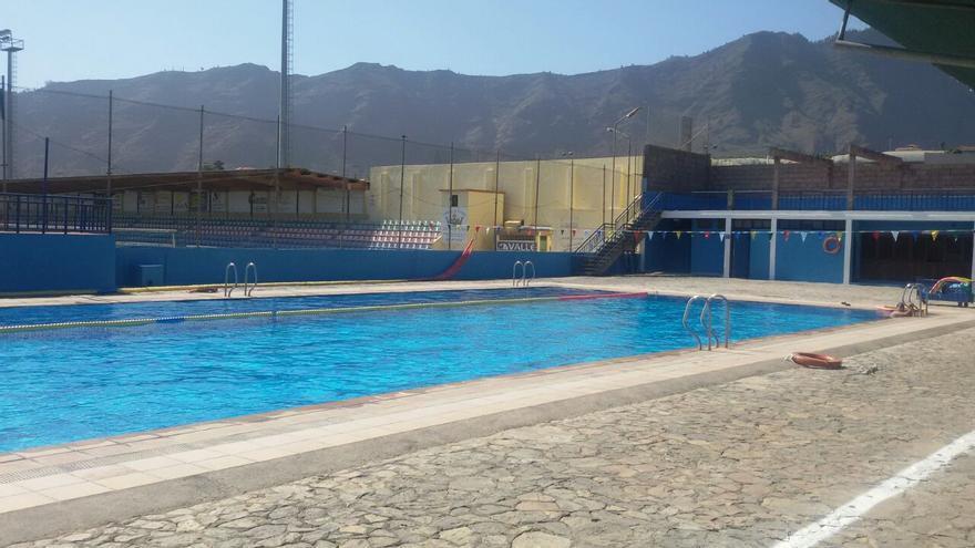 La piscina municipal de Los Llanos de Aridane (en la imagen) abrirá sus puertas al público en el mes de junio.