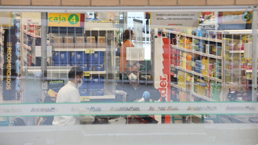 Compra en supermercado.