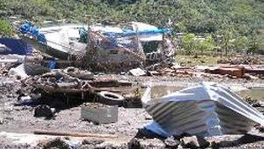 Más de cien muertos en tsunamis en el Pacífico Sur