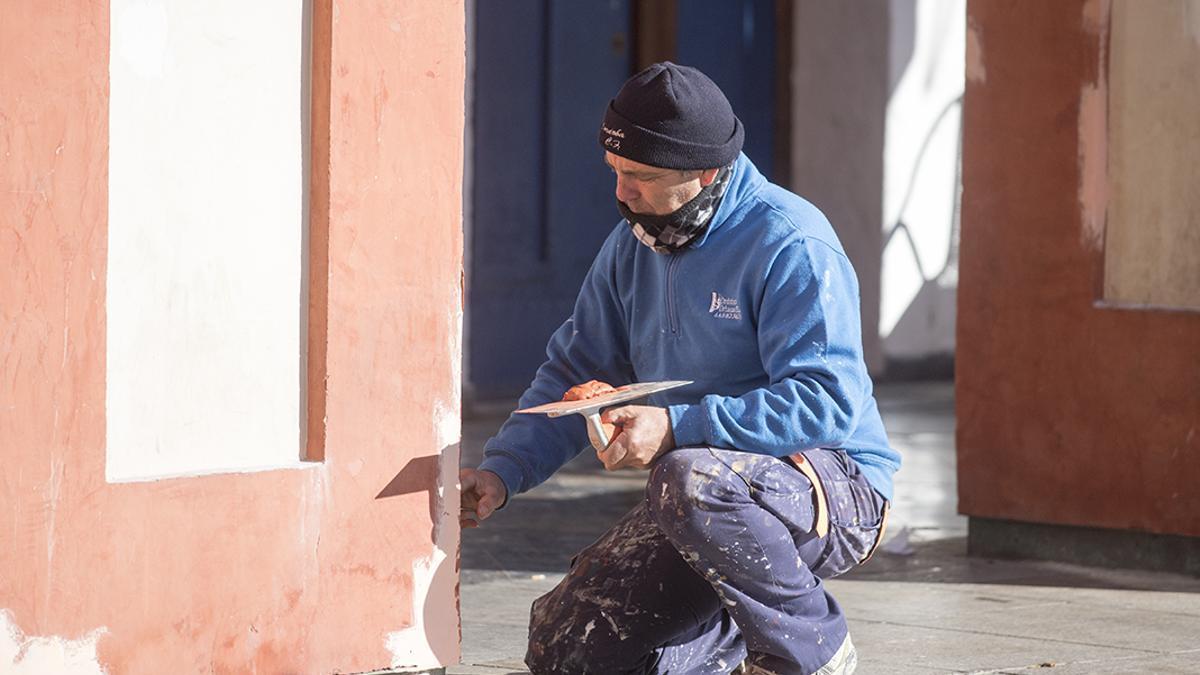 Un trabajador en Córdoba
