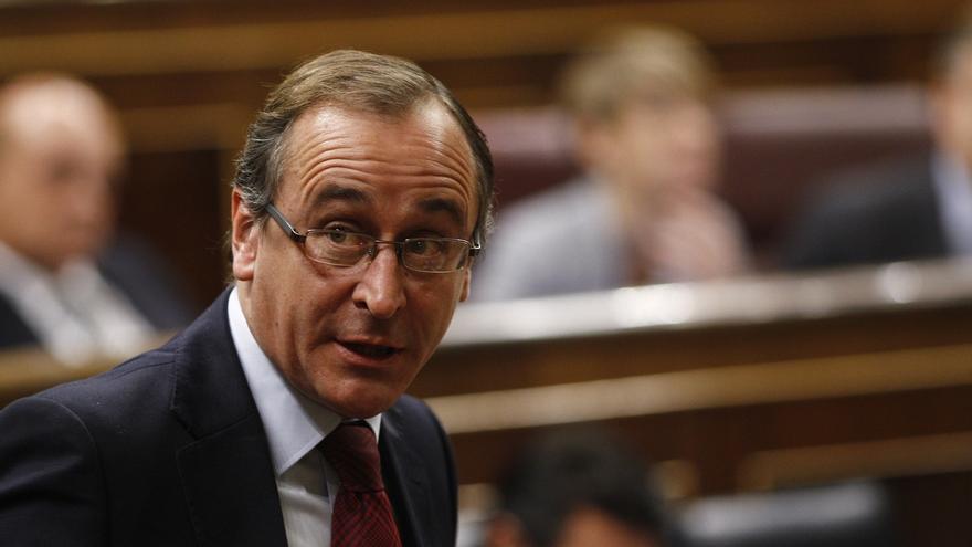 """Alfonso Alonso lamenta la dimisión de Quiroga y pide una respuesta """"rápida"""" para el proyecto del PP vasco"""