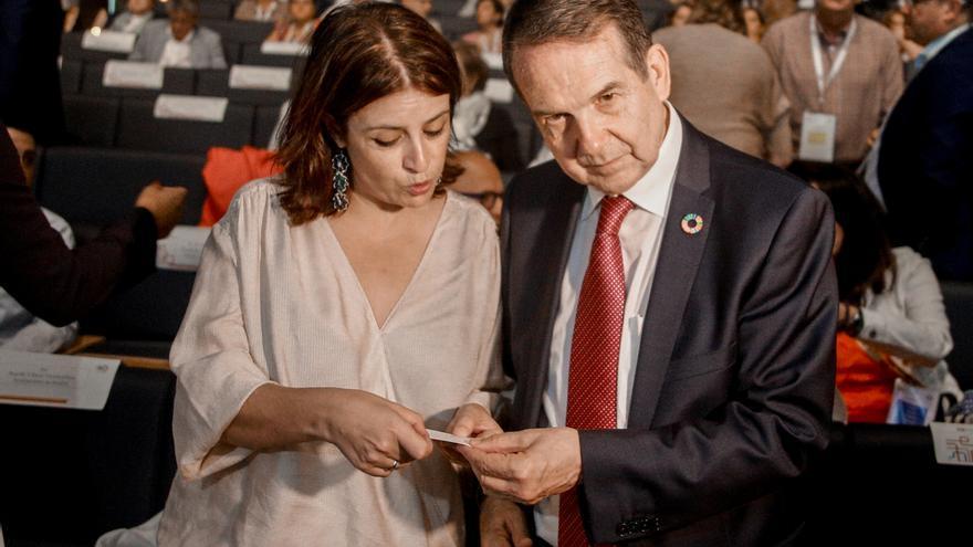 """Lastra (PSOE): """"Podemos fue a someternos a un chantaje"""""""