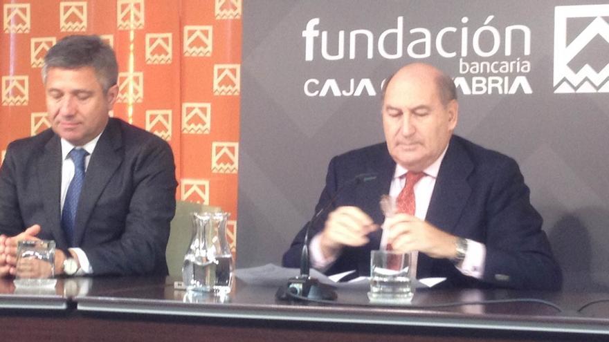 Gaspar Laredo releva a Eduardo Zúñiga como presidente de la Fundación Caja Cantabria