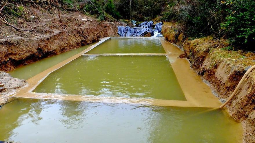 Balsas para la retención de los sedimentos. Foto: Ecologistas en Acción