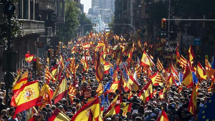 La Vía Laietana, llena de manifestantes