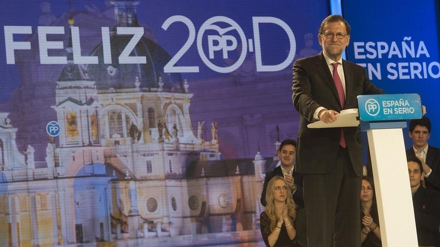 """Rajoy cierra campaña alertando contra una coalición de PSOE, Podemos y """"el que se pueda apuntar"""" para echarle"""