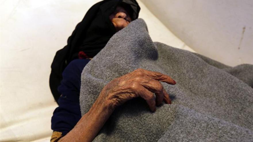 La OMS eleva a 1.500 el número de muertos por cólera en el Yemen
