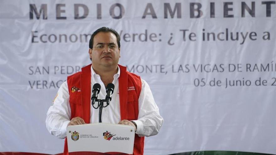 Dos exgobernadores mexicanos enfrentan extradición tras detenciones