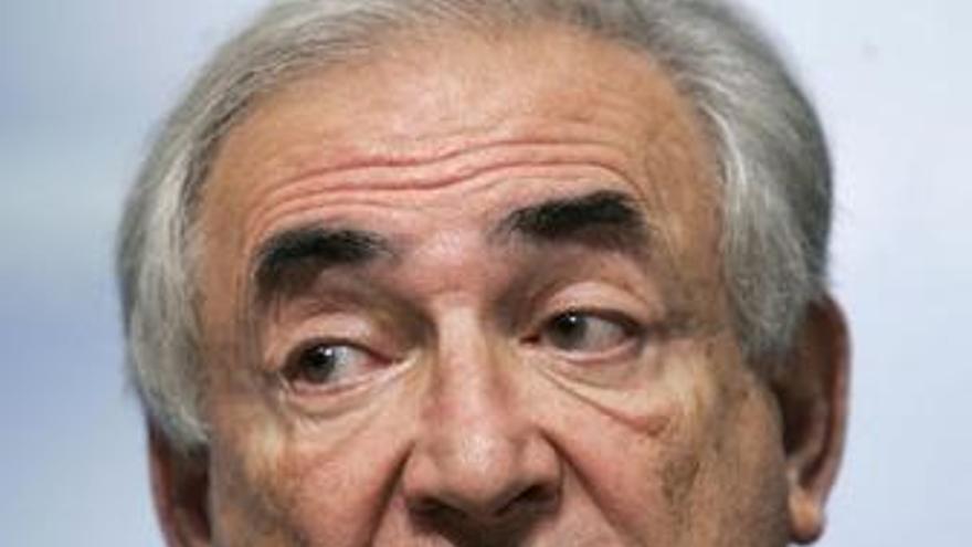 """Strauss-Kahn dice que """"puede verse luz a final del tunel"""""""