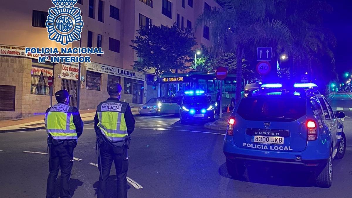 Control de la Policía Nacional en Tenerife