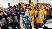 La historia del coro escolar de un colegio público americano que acumula 90 millones de visitas en Youtube