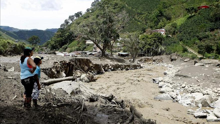 Reanudada búsqueda de desaparecidos en avalancha en el noroeste de Colombia