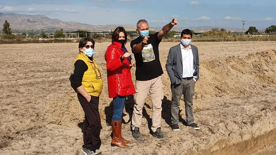 La Generalitat Valenciana busca la fosa común del campo de concentración franquista de Albatera con una prospección arqueológica