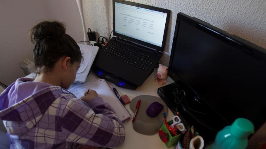 """Vigilancia remota y prueba manuscrita para los exámenes """"online"""" sin trampas"""