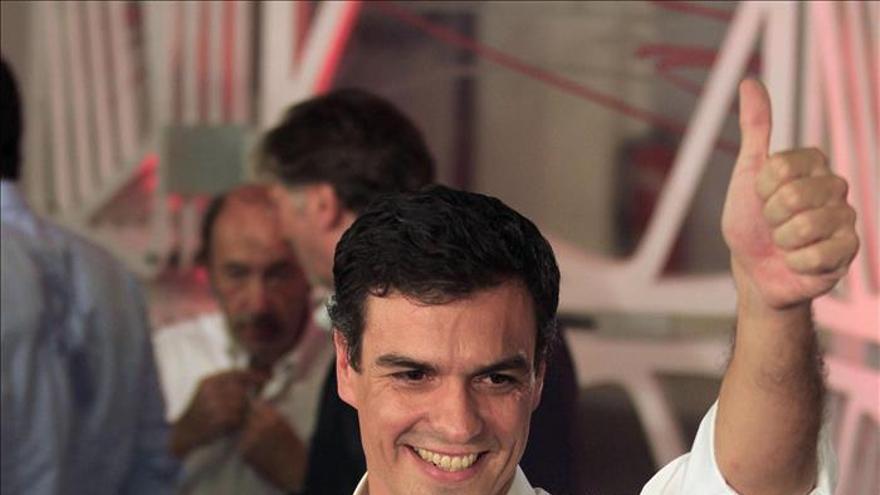 Pedro Sánchez confirma que los eurodiputados del PSOE votarán contra Juncker