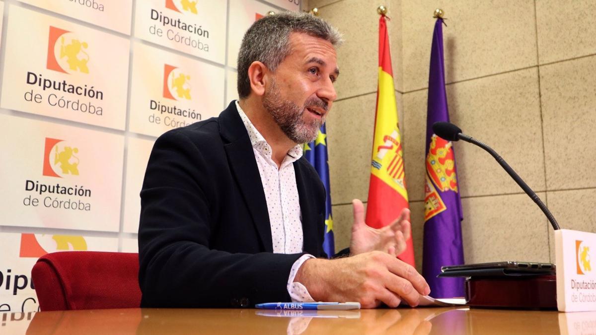 Francisco Ángel Sánchez, presidente del IPBS, en una rueda de prensa.